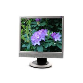 """Monitor TFT 17"""" Samsung SyncMaster 713BM de segunda mano"""